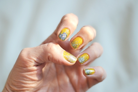 yellownails2